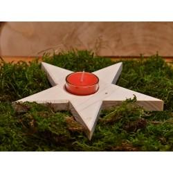 Stern mit rotem Teelicht